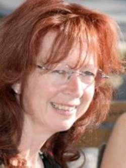 Christine Fischer, Absolventin Europäische BWL (B.A.) und Wirtschaftspsychologie (M.Sc.)