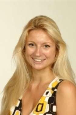 Aline Opitz, Absolventin Wirtschaftsrecht LL.B.