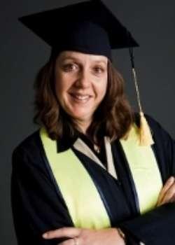 Angelika Schneider, Absolventin Europäische BWL und General Management MBA
